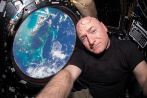 Scott_Kelly_Cupola