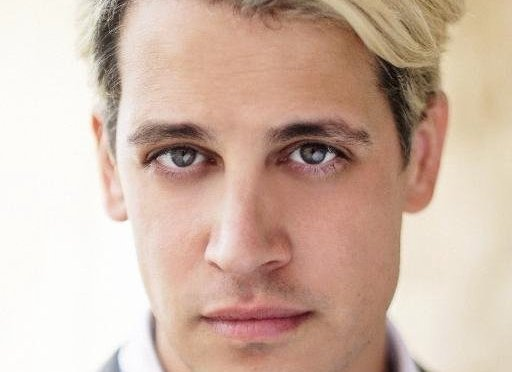 Twitter briefly suspends conservative provocateur Milo Yiannopoulos